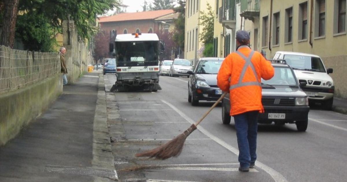 Igiene ambientale revocato lo sciopero siglata l 39 intesa for Ccnl legno e arredamento industria