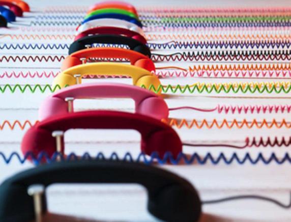 Le nuove truffe dei call center: i finti operatori delle associazioni dei consumatori