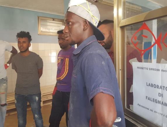 Primo Piano Festival presentazione del workshop di falegnameria per giovani migranti