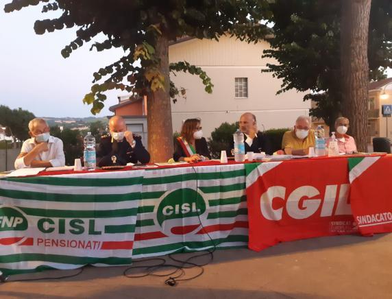 Montecalvo in Foglia: positivo l'incontro tra cittadinanza e Forze dell'ordine promosso da Cgil e Cisl