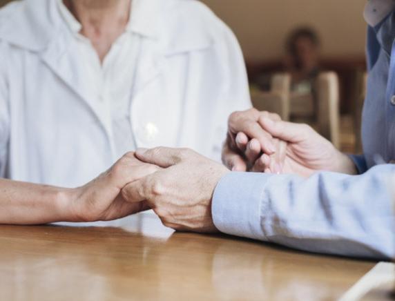 """Sindacato dei pensionati di Cgil Cisl Uil Marche: """"Basta con l'isolamento forzato di anziani e disabili nelle strutture"""""""